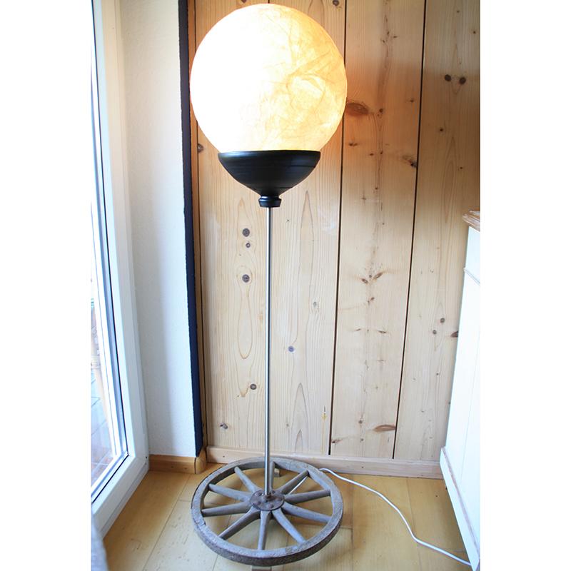 Holzradlampe