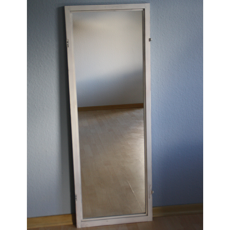 Fensterrahmen Spiegel 1